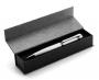 Pildspalva kastītē
